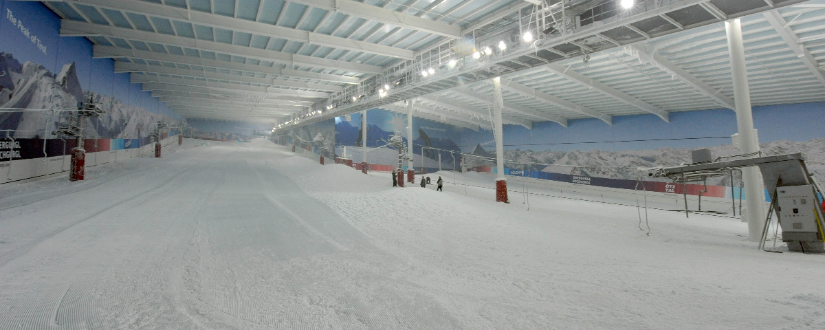 UK Indoor Skiing